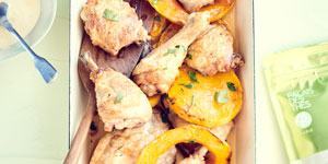 Cuisse de poulet rôtie, courge butternut au miel de romarin et crème de volaille au Fu Lian Bio