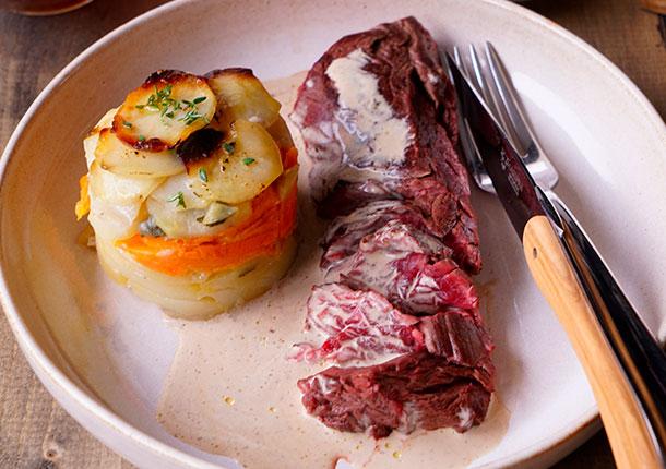 Viande rouge sauce Big Ben et gratin aux pommes de terre et patates douces